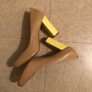 Banana Republic block heels size 8